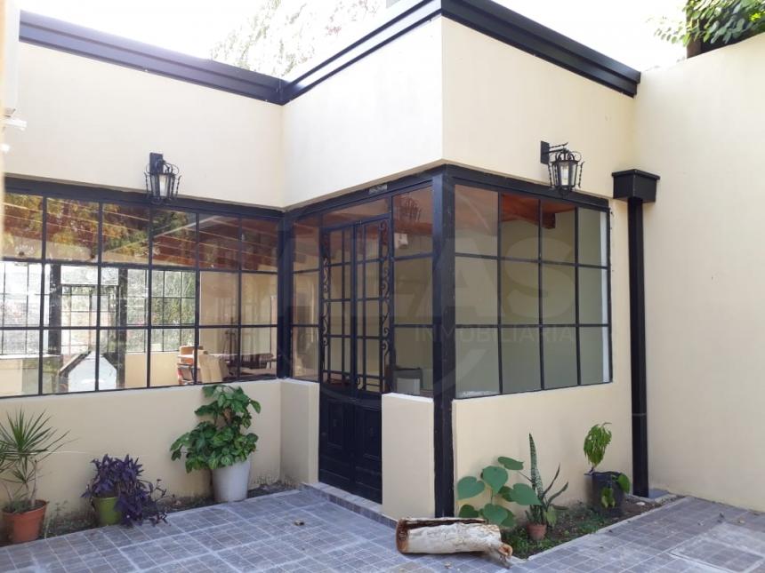 Pedro de Vega 600 (Guadalupe Residencial )