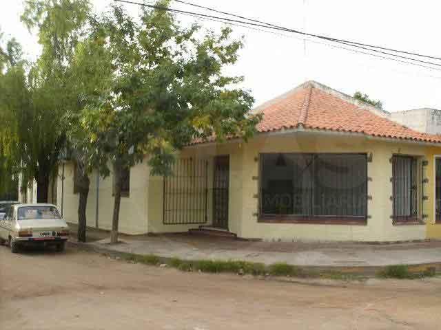 Sta Rosa Esq Castañeda  (Rincón / Colastiné )